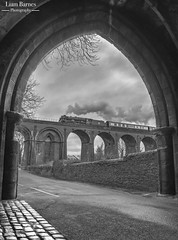 46100 'Royal Scot' - Whalley Gatehouse (Liam60009) Tags: sonya7rii 46100 royalscot steamlocomotive steam monochrome blackandwhite viaduct whalleyviaduct whalley