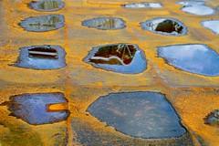 Roest en water (Roel Wijnants) Tags: roest water ponton kleuren patina constructie metaal roelwijnants roelwijnantsfotografie wandelvondst wandelen somerightsreserved ccbync hofstijl haagspraak denhaag thehague absoluteleythehague cityilove fotogebruik licentievoorwaarden