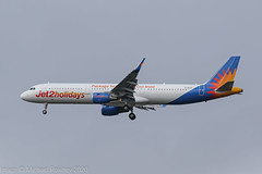 G-HLYF - 2015 build Airbus A321-211, the first Jet2 A321 inbound to Manchester after paint (egcc) Tags: 6639 a321 a321211 airbus dabcq datcd egcc exs ghlyf hbjox jet2 jet2holidays ls lightroom man manchester oeidr oeige packageholidaysyoucantrust ringway sharklets