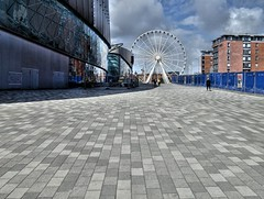 Big space in Liverpool (Tony Worrall) Tags: liverpool merseyside mersey scouse welovethenorth nw northwest north update place location uk visit area attraction open stream tour photohour photooftheday pics country item greatbritain britain british gb capture buy stock sell sale outside dailyphoto outdoors caught photo shoot shot picture captured ilobsterit instragram england urban wheel flat stone cool sony