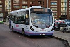 47529 (SN64CNJ) 10-01-2020 rte 21 CBS.1 (routemaster2217) Tags: southendonsea transport bus lowfloorbus singledecker saloon firstessex firsteastengland wrightbusintegral wrightstreetlite 47529 sn64cnj