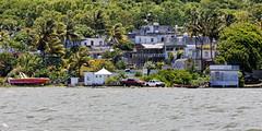Île Maurice (stef974run) Tags: maurice mauritius océanindien plage sable mer océan lagon turquoise bateau speedboat corail île phare fouquets bommert