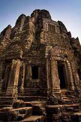Angkor Wat, Cambodia (pas le matin) Tags: travel voyage world cambodge cambodia asia asie southeastasia antique angkor stone ancient architecture pierre angkorwat angkorvat wat vat canon 7d canon7d canoneos7d eos7d siemreap ruines ruins