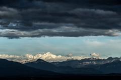 Un peu de bleu entre le gris (bewo22) Tags: paysages landscapes paisaje montagne mountain montaña alpes alps montblanc soleil sun sol nuage cloud nube france gex auvergnerhônealpes