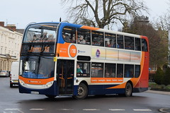 SW 15671 @ Dormer Place, Leamington Spa (ianjpoole) Tags: stagecoach warwickshire scania n230ud alexander dennis enviro 400 kx10ksz 15671 working route x18 coventry transport museum mcdonalds stratforduponavon then evesham bus station