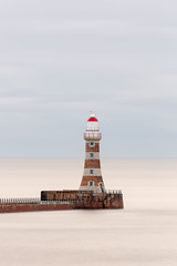 Roker Lighthouse (simpletones) Tags: lighthouse pier roker sunderland long exposure lee little stopper