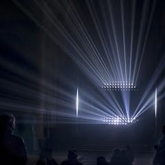 Nuit (godelieve b) Tags: brussels brightfestival église belgium lines light noncoloursincolour interlignes intérieur inside lightshow square tetro