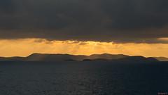 Coucher de soleil, sunset - Koningsdam, Caraïbes - 4070 (rivai56) Tags: coucherdesoleil sunset koningsdam caraïbes 4070 coucher du soleil prise de la promenade bateau croisière taken from cruise ship