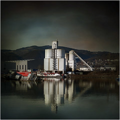 Linz - Harbour (pixel_unikat) Tags: linz austria harbour