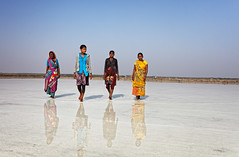 gujarat - india (mauriziopeddis) Tags: rann kutch gujarat india asia salt saline color reflection sun canon reportage people village portrait ritratto