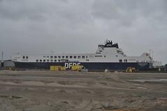 Humbria Seaways (Hugo Sluimer) Tags: harbour haven harbourphotography harbourphoto havenfotografie havenfoto zuidholland holland nederland onzehaven portofrotterdam port shipspotting scheepvaart scheepvaartfotografie nikon nikond500 d500
