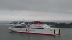 M/S Visborg (skumroffe) Tags: msvisborg visborg destinationgotland ferry färja fähre ship schiff barco barca navire gotlandsbåt gotlandsfärja portofnynäshamn nynäshamnport nynäshamnshamn port hamn harbour harbor nynäshamn stockholm sweden