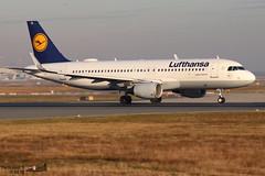 Airbus A320 -214 LUFTHANSA D-AIUL 6521 Francfort décembre 2019 (Thibaud.S.) Tags: airbus a320 214 lufthansa daiul 6521 francfort décembre 2019