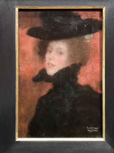 Lady with Cape and Hat on a Red Background - Gustav Klimt
