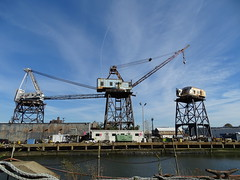 Positional (drager meurtant) Tags: crane hijskraan industrie harbour haven brooklyn navyshipyard newyork dragermeurtant