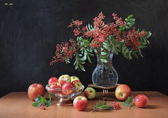 The Beauty of Life (Esther Spektor - Thanks for 16+millions views..) Tags: art creativephotograpy beauty life composition naturemorte bodegon naturezamorta stilleben naturamorta tabletop bouquet berry branch food fruit apple vase stans bowl glass metal ambientlight reflection red green yellow copper brown black estherspektor canon autumn