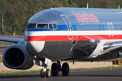 2009_09_17 BFI stock-6 (photoJDL) Tags: 737 737800 americanairlines americanairlines737800 bfi boeingfield jdlmultimedia jeremydwyerlindgren kbfi aircraft airline airplane airport aviation