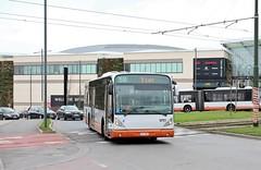 9751 58 (brossel 8260) Tags: belgique bruxelles stib bus vanhool