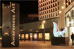 Awareness Art Squirrel II (pvl83) Tags: awarenessart utrecht person building light squirrel xt20 art hoogcatharijne mall sculpture stationsplein