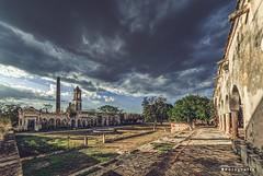 Uayalceh 3364 ch (Emilio Segura López) Tags: hacienda haciendahenequenera uayalceh casaprincipal casademáquinas cielo nube nublado atardecer arco yucatán méxico