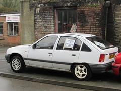 Vauxhall Astra L 1.6 (Andrew 2.8i) Tags: street classic cars car wales united kingdom german classics hatch spotting hatchback carspotting streetspotting 2 gm mark 1600 ii l mk2 british 16 mk astra vauxhall generalmotors 16l opelkadett 1600l
