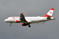 OE-LBN  CDG (airlines470) Tags: msn 768 a320214 a320 a320200 austrian airlines cdg airport oelbn