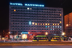 Hotel Katowice & MAN Lion's City CNG (Wimix) Tags: katowice śląskie polska silesia night colors publictransport architecture poland lights modern transport bus city citycentre