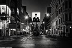 Checkpoint Charlie (Thomas Feiereis) Tags: bnw blackwhite schwarzweiss