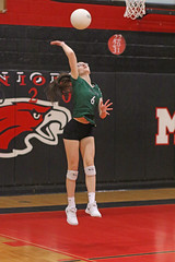 IMG_1933 (SJH Foto) Tags: girls volleyball team u18s teens mason dixon shockwave tournament serve burst mode action shot