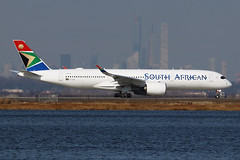 ZS-SDF | Airbus A350-941 | South African Airways (cv880m) Tags: newyork jfk kjfk kennedy johnfkennedy aviation airliner airline aircraft airplane jetliner airport spotting planespotting zssdf airbus a350 359 350900 350941 saa southafrican southafricanairways africa southafrica swoosh springbok manhattan