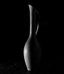 untitled (ChrisRSouthland (mostly off, traveling & working)) Tags: blackandwhite monochrome indoors vase artificiallighting ricohgriii litrapro minimal minimalism lightandshadow
