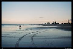 Waihi beach - Dusk (Falcdragon) Tags: ishootfilm filmisnotdead minoltax300 minoltarokkormc58mmf12 dusk light beach newzealand blue