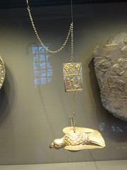 Getty Villa7793 (Akieboy) Tags: gettyvilla getty villa museum losangeles california byzantine silver gilding gilt gold dove plaque votive
