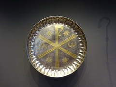 Getty Villa7802 (Akieboy) Tags: gettyvilla getty villa museum losangeles california byzantine silver paten gilding gilt gold