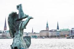 Alster Art (RoamingTogether) Tags: binnenalster europe germany hamburg nikkorz2470f4 nikon nikonz6 statue