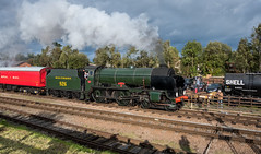 Repton on the Mail (Peter Leigh50) Tags: great gcr central class schools southern railway railroad rail quorn train trees track steam sky sunshine station shadows people gala 2016 926 fujifilm fuji xt2