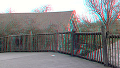 Blijdorp Zoo Rotterdam 3D (wim hoppenbrouwers) Tags: blijdorp zoo rotterdam 3d hek barn schuur anaglyph stereo redcyan