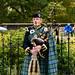 Edinburgh: Scottish bagpiper
