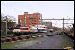 RXP 9901 + CAF 2347 + 2748, Eindhoven Centraal (TrainplazaNL) Tags: sng rxp railexperts sprinter nieuwe generatie eindhoven