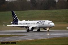 Lufthansa D-AIZD J78A0120 (M0JRA) Tags: lufthansa daizd birmingham planes wind rain storms flying jets aircraft landings biz