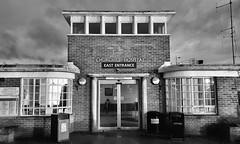 Churchill Hospital (R~P~M) Tags: oxford oxon oxfordshire churchill hospital england uk unitedkingdom greatbritain headington monochrome blackwhite entrance