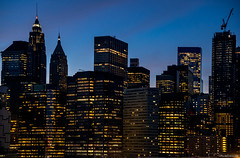Windows in Blue Hour (ricardocarmonafdez) Tags: manhattan newyork nyc arquitectura architecture bluehour luces lights lighting colors blue ricardocarmonafdez ricardojcf nikon d850 windows ventanas highiso lowlight rascacielos skyscrapers skyline cityscape