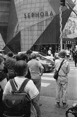 Measure me (A N O L O G I . M A L A Y A) Tags: kodak rodinal selfdeveloped yellowfilter carlzeiss3528f 35mm trix400 bnw streetphotography street leicam6 leica believeinfilm keepfilmalive analogphotography analog filmphotography filmisnotdead film