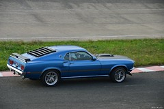 1969 Ford Mustang Mach 1 (pontfire) Tags: 1969 ford mustang mach one 1 69 60s blue bleue us motor show linasmontlhéry 2019 autodrome de v8 sportwagen cars voiture sports sport car antique old vieille ancienne collection auto autos automobile automobiles voitures coche coches carro carros pontfire sportscar bil αυτοκίνητο 車 автомобиль oldtimer vieux ancien automotive classics lee iacocca 自動車