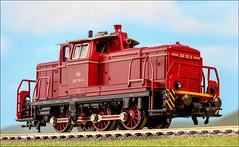 Diesellok der BR 260 der DB (hans der insulaner) Tags: modellbahn bahn train railroad lok lokomotive diesellok diesellokomotive h0 187 fleischmann