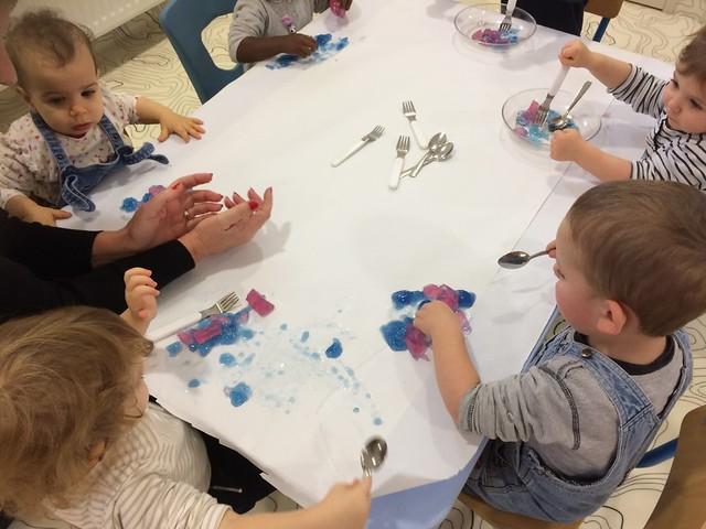 Photo 2 - Activités à la crèche familiale