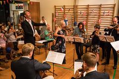 Yes! (hanschristian_nielsen) Tags: concert festival prom audiance music musician instrument fejøsfestival fejø denmark fejøbørneogkulturhus string