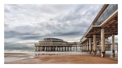 De Pier in 2012 (Geziena) Tags: d epier scheveningen zee strand oud zand wolkenlucht domkere water noordzee