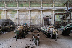 Ronronnements (Yannick Megard) Tags: abandoned abandon abandonné abandonnée abbandonato abbandonata ancien ancienne alone architecture alpha7iii architect architectural patterns nature green moss natural explore inexplore explorationurbaine exploration exploring empty explo explored sony a7iii ilce7m3 rust rusty ruins rotten room trespassing indus industrial industriel work factory usine travel trip urbex urban urbain urbaine urbanexploration interior inside old past photography decay decaying derelict dust decayed dusty discover forgotten forbidden history lost light memories nobody neglected building verlassen closed creepy