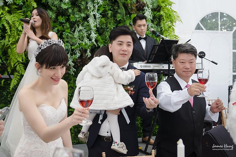 婚攝鯊魚影像團隊,婚攝價格,婚禮攝影,婚禮紀錄,婚攝收費,類婚紗,淡水嘉廬,伴娘,伴郎,佈置,婚宴